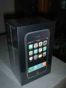 selling New Apple iphone 3G 8GB UNLOCKED